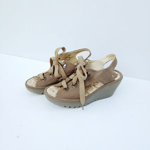 NWOT Fly London Ylva Lace Up Wedge Sandals